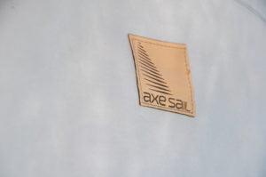 Logo Axe Sail - Cuir - Sellerie Nautique